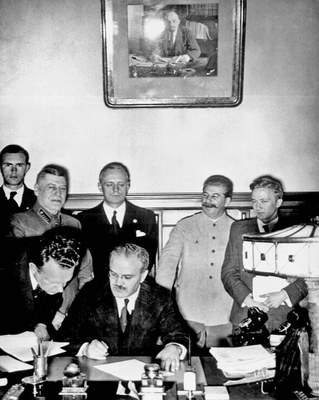 German-Soviet non-aggression pact, Moscow, 23 August 1939 IMG