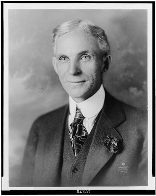 Fred Hartsook (1876–1930): Henry Ford (1864–1947), Schwarz-weiß-Photographie, 1919; Bildquelle: Library of Congress, National Photo Company Collection, http://www.loc.gov/pictures/item/94506959/.
