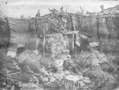 James Robertson (1813–1888) /Felice Beato (1825–1907), Das Innere der Malakoff-Bastion, Kollodium-Fotografie, 1855; Bildquelle: Imperial War Museum, www.iwm.org.uk/collections/item/object/205022058.