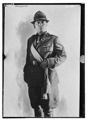 Benito Mussolini (1883–1945), schwarz-weiß Photographie, ohne Datum, unbekannter Photograph; Bildquelle: Library of Congress, George Grantham Bain Collection, http://hdl.loc.gov/loc.pnp/ggbain.37518.