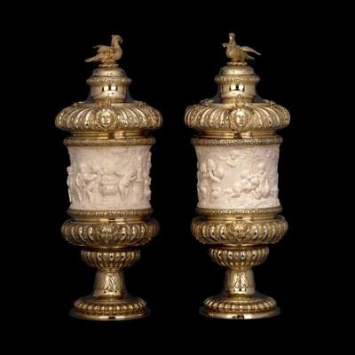 David Willaume (1658–1741), Deckelpokale, vergoldetes Silber und Elfenbein, Höhe: 42,4 cm, 1711/1712, Standort des Originals: British Museum, London; Bildquelle: © Trustees of the British Museum,  http://www.britishmuseum.org/join_in/using_digital_images/using_digital_images.aspx?asset_id=37960&objectId=84319&partId=1