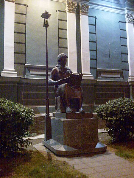 Tengiz Gviniaschvili, Elene Achvlediani (1901–1975), Bronze, unbekanntes Datum, Photograph: Kober; Bildquelle: wikimedia commons, http://commons.wikimedia.org/wiki/File:Helene_Akhvlediani_Statue,_Tbilisi.jpg, public domain