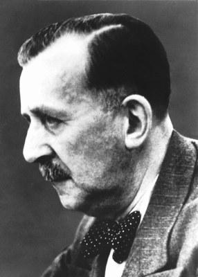 Heinrich Mann (1871–1950), Schwarz-Weiß-Photographie, ohne Datum, unbekannter Photograph; Bildquelle: Mit freundlicher Genehmigung des S. Fischer Verlag, © Archiv S. Fischer Verlag.