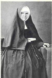 Portrait von Katharina Kasper (1820–1898), Schwarz-Weiß-Photographie, unbekannter Photograph; Bildquelle: Mit freundlicher Genehmigung der Armen Dienstmägde Jesu Christi, http://www.dernbacher.de/maria-katharina-kasper.html.