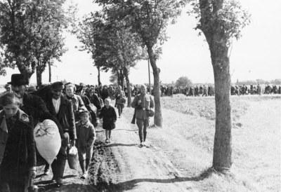 Vertreibung von Polen aus den von Deutschen besetzten Gebieten 1939 IMG