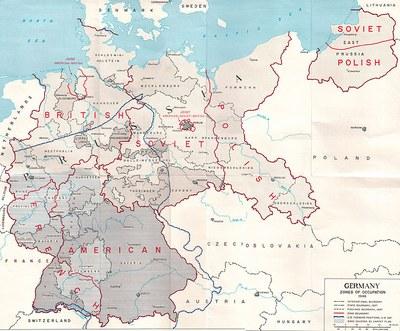 Earl F. Ziemke: The U.S. Army in the Occupation of Germany, Karte, 1975. Bildquelle: Global Security Via Wikimedia Commons, https://commons.wikimedia.org/wiki/File:US_Army_Germany_occupation_zones_1945.jpg. Gemeinfrei.